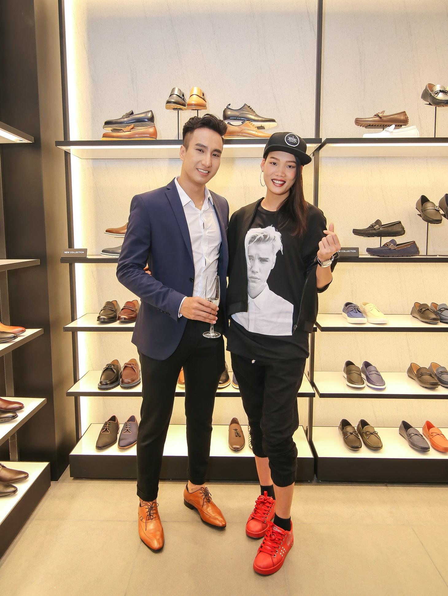 Nguyễn Hợp Next Top (phải) cá tính tại sự kiện khai trương Pedro bên cạnh người mẫu điển trai Lý Cao Thiên Sơn.