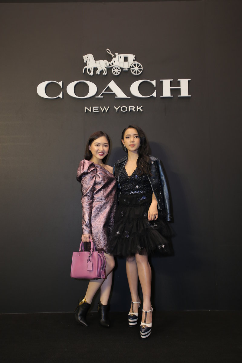 coach khai truong cua hang flagship 06