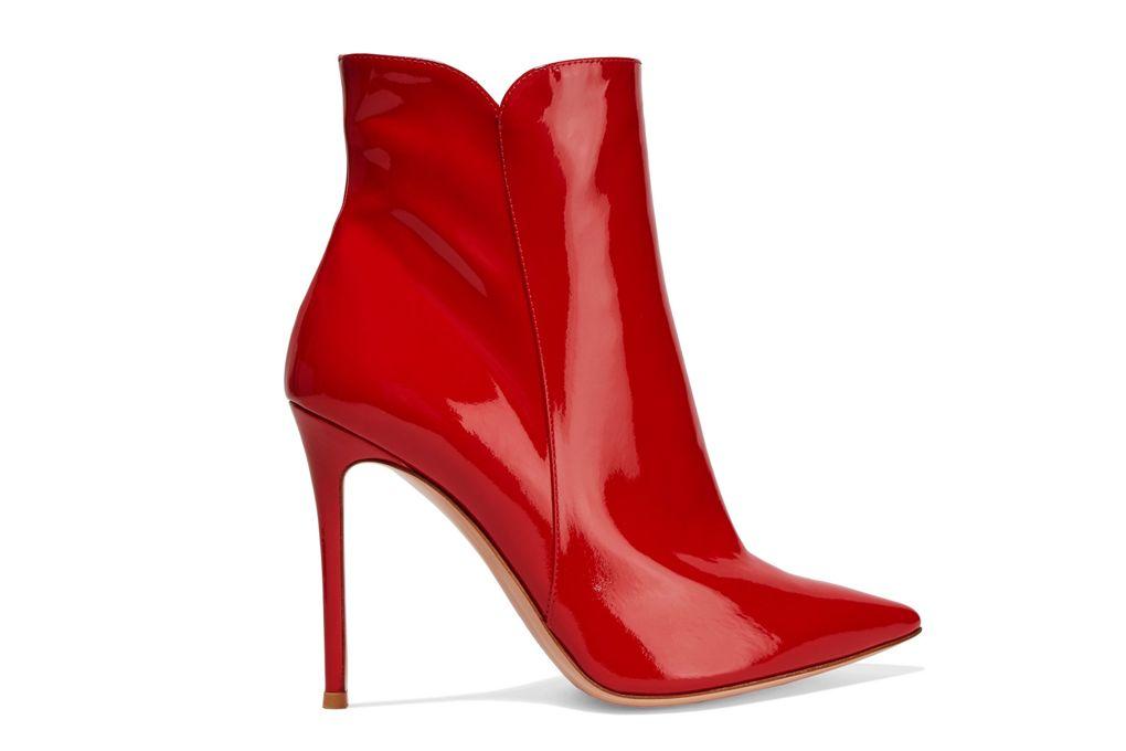 Giày boots đế nhọn của Gianvito Rossi