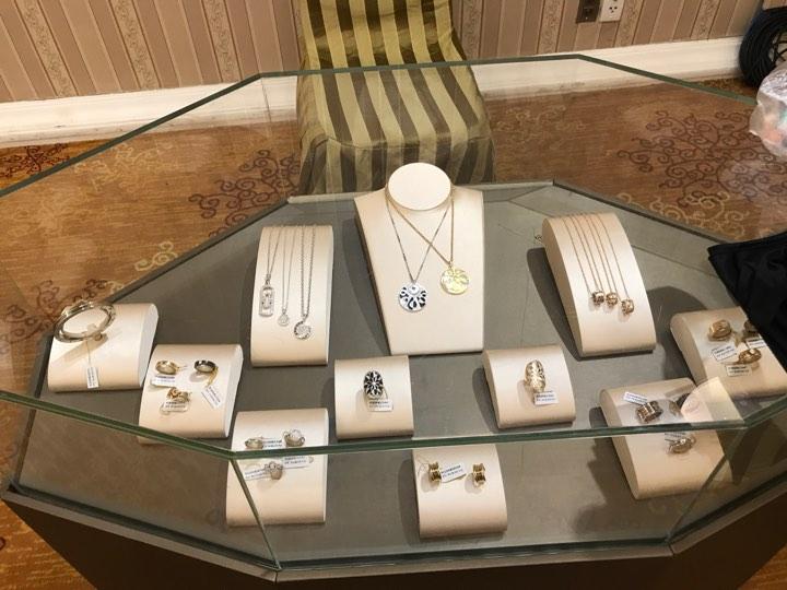 Các sản phẩm của Bulgari được trưng bày tại sự kiện