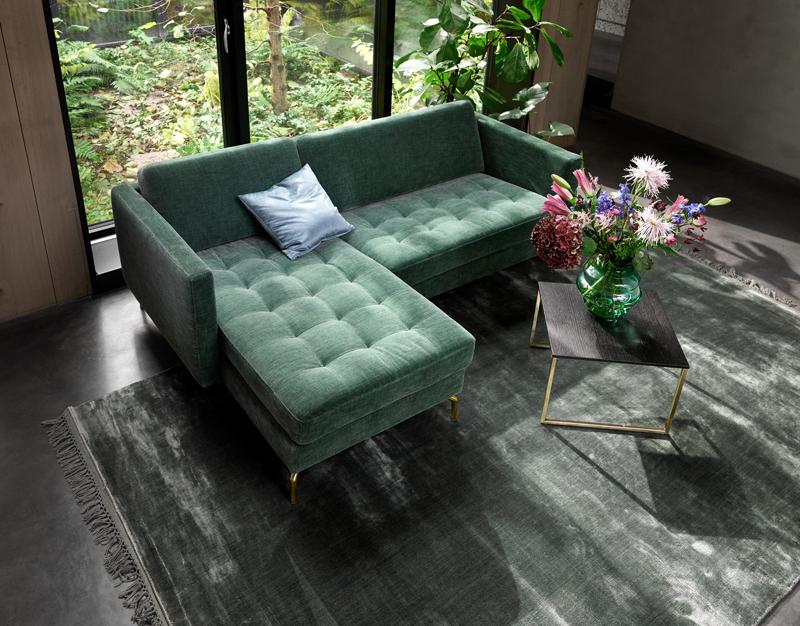 Màu sắc theo xu hướng hàng năm được thể hiện qua vải bọc sofa