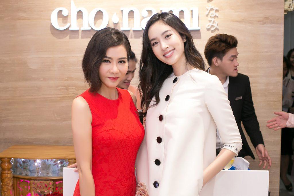 20180730 dàn sao khai trương cửa hàng mỹ phẩm cho nami 02