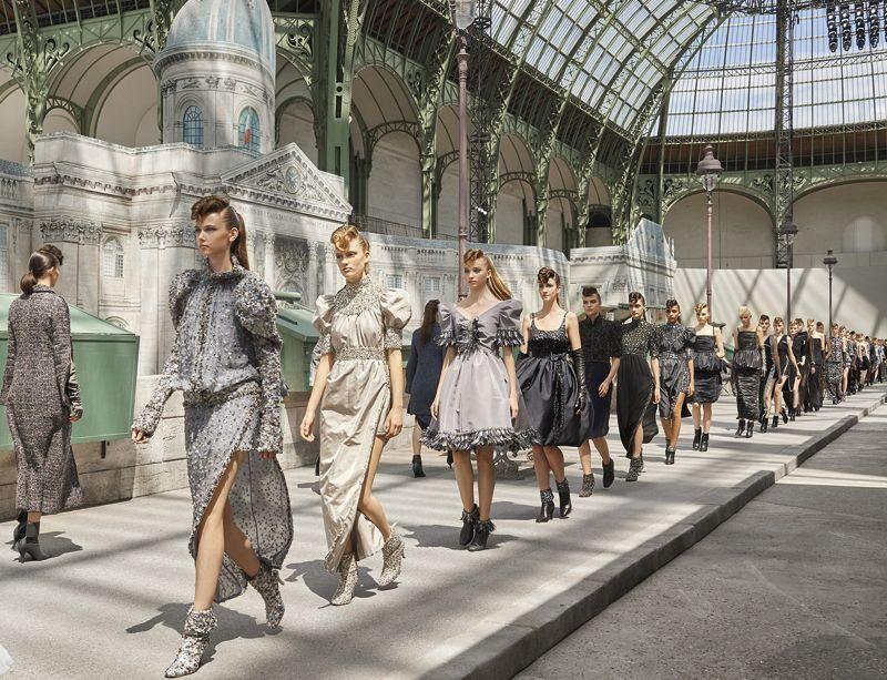 Những thiết kế thuộc bộ sưu tập Chanel Haute Couture Thu Đông 2018/19