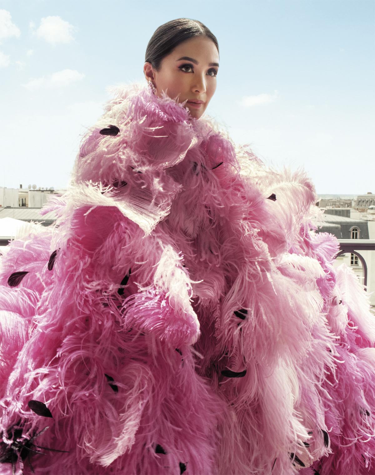 Những biểu tượng thời trang Châu Á đang khuấy động giới couture ở Paris