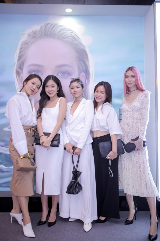 Các beauty blogger nổi tiếng hôij tụ tại event