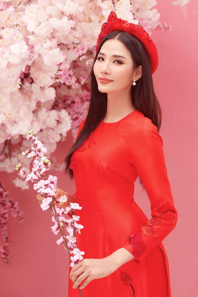 Trong năm vừa qua, thành công của Hoa hậu H'Hen Niê được nhận định là cơn chấn động trong lịch sử sắc đẹp Việt Nam, gây tiếng vang mạnh mẽ, tạo làn sóng ảnh hưởng tích cực đến người hâm mộ trong và ngoài nước