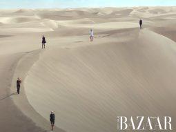 Saint Laurent trình diễn bộ sưu tập Hè 2021 trên đồi cát sa mạc
