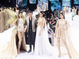 Đỗ Mỹ Linh mặc trang phục 40kg, làm vedette show Đỗ Long