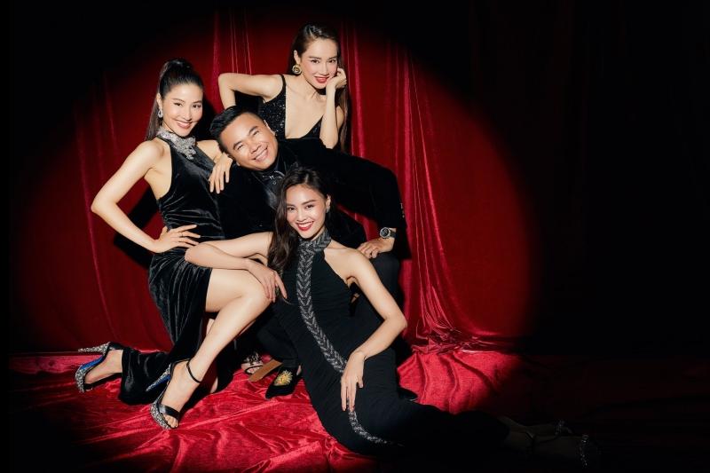 Đạo diễn Nhất Trung bên ba người đẹp đóng chính trong phim 1990.