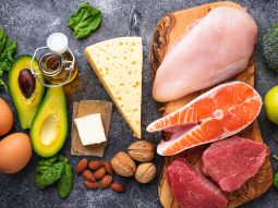Top 7 món ăn low carb không thể bỏ qua dành cho người giảm cân