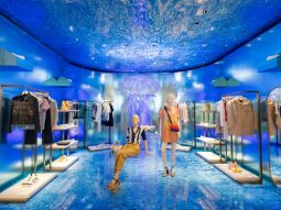 Có gì bên trong cửa hàng flagship mà Louis Vuitton vừa tân trang ở Ginza, Tokyo?