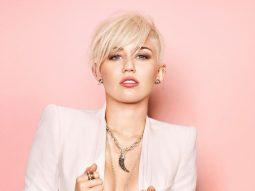 Tóc màu trắng hợp với màu da nào? Bạn biết gì về xu hướng tóc màu trắng Bắc Âu?