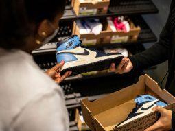 """Nike sẽ bắt đầu bán giày thể thao cũ """"Nike Refurbished"""" ở mức giá giảm"""