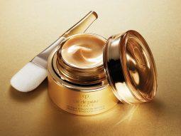 Clé de Peau Beauté Precious Gold Vitality Mask: Mặt nạ dưỡng da chứa vàng 24K nguyên chất