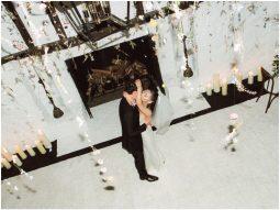 Ariana Grande tung hình đám cưới tại gia cùng doanh nhân Dalton Gomez