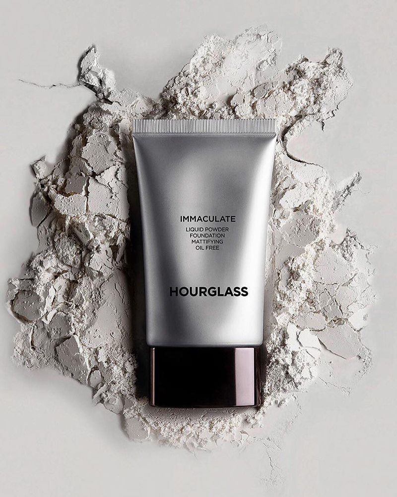 BZ-long-lasting-foundation-hourglass-immaculate