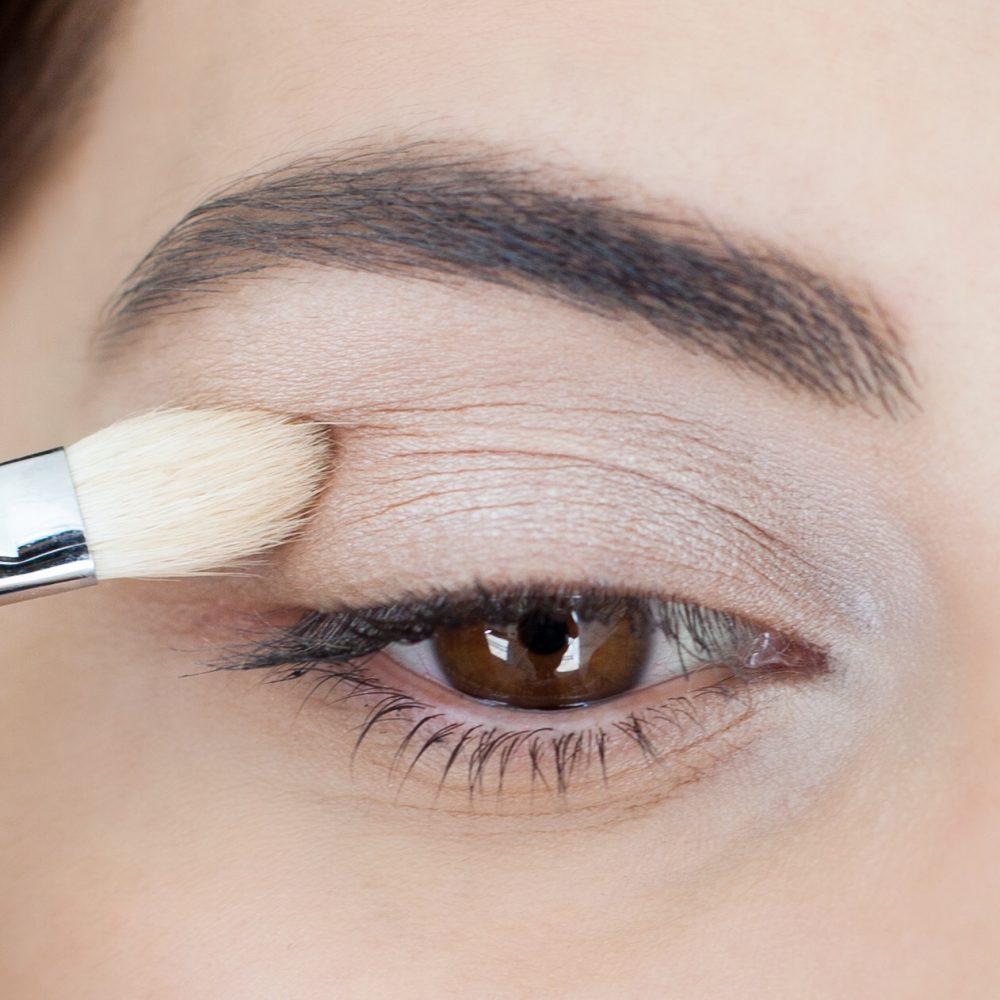 makeup mắt khói