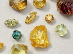 Kim cương màu fancy: Màu nào quý hiếm, đáng đầu tư nhất?
