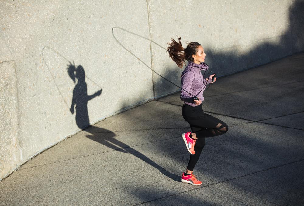 nhảy dây có làm giảm mỡ bụng không