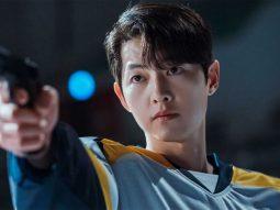 Song Joong Ki giải thích vì sao anh bật khóc vào ngày phim Vincenzo đóng máy
