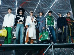 BTS lần đầu tiên làm người mẫu, diễn show Thu Đông 2021 cho Louis Vuitton