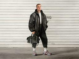 Justin Bieber là gương mặt mới cho chiến dịch hypebeast của Balenciaga