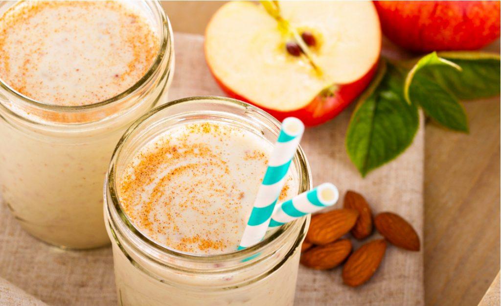 Cách làm sinh tố chuối táo giảm cân