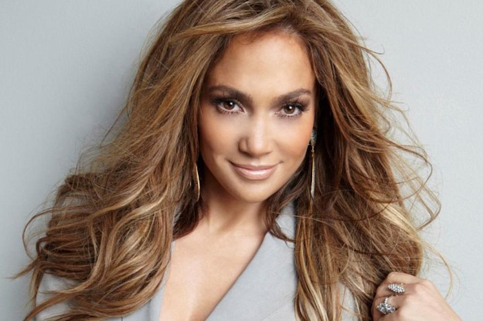 Jennifer Lopez với màu tóc nâu