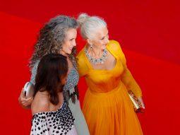 Xu hướng tóc trên thảm đỏ Liên hoan phim Cannes 2021: Yêu mái tóc bạc tự nhiên
