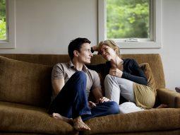 5 mẹo gìn giữ tình cảm khi ở chung nhà với người yêu mùa cách ly