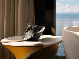 Louis Vuitton biến loa chơi nhạc thành đồ nội thất trang trí xa xỉ